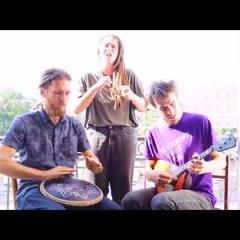 Reggae on Guda Freezbee and Balalaika