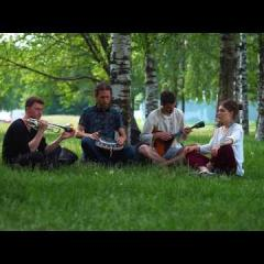 "Belarusian song ""Pa Morachku"". Guda (Steel tonque drum), vocal, balalaika, trumpet."